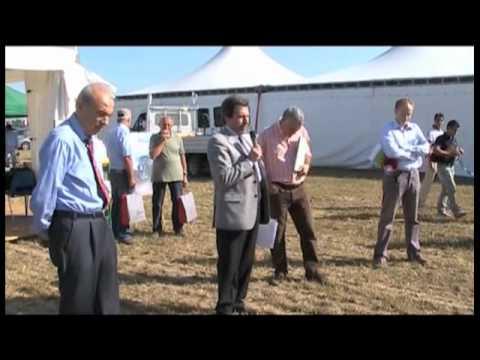 Agricoltura sostenibile in campo 2011 - macchine agricole e tecniche