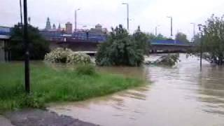 Powódź 2010: Kraków, Most Grunwaldzki