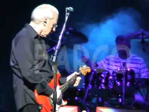 Telegraph Road - AMAZING AUDIO!! - Mark Knopfler - Live 2005