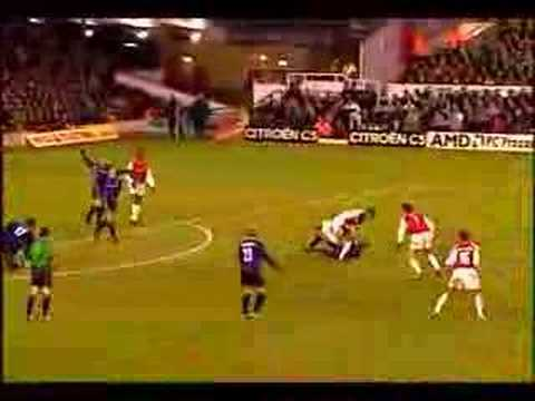 Arsenal Stunners - Stunning Goals from Arsenal Football Club