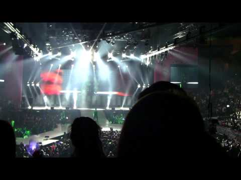 SMTown Live NY Shinee Lucifer [111023] [fancam]