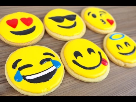 How To Make Emoji Cookie Biscuits | CarlyToffle
