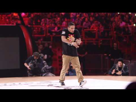 Neguin opens Juste Debout Steez 2012 with a bboy dedication showcase | YAK FILMS behind the scenes