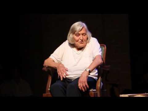 Margherita Hack parla di ricercatori