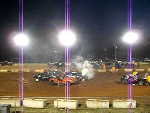 Country Boy Demo Derby Franklin, KY Compact Heat #1