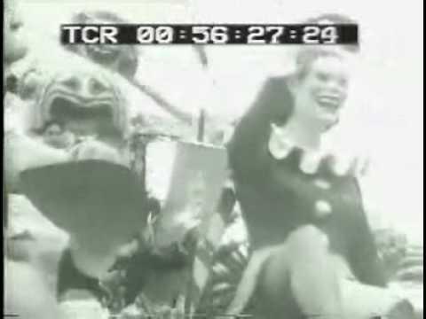 ISTITUTO LUCE Carnevale di Viareggio-la sfilata dei carri 1946.avi