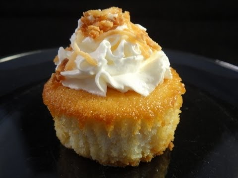 Coconut Tres Leches Cupcakes (Mother's Day Collab) -with yoyomax12