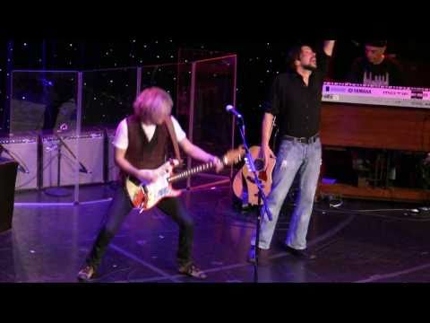 "Kenny Wayne Shepherd LRBC 2011 ""Voodoo Child (Slight Return)"""