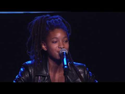 Willow Smith Performs at the 2017 EMA Awards - UCSAOWwR6xw3NAC00JW88uKg