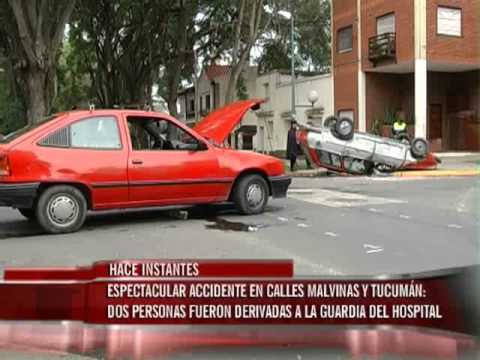 Espectacular accidente en calle Malvinas y Tucumán