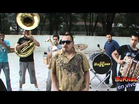 LOS BUKNAS EN SAN JUAN NUEVO  MICHOACAN,CABALLEROS TEMPLARIOS 9/13/11