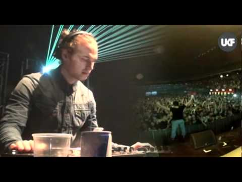 UKF vs RAMPAGE @ Lotto Arena Antwerp: Sigma feat I-Kay & MC Carasel