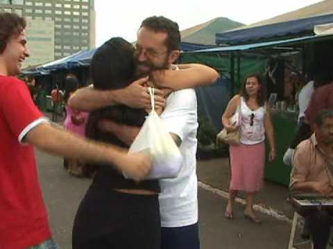 Free Hugs / Campanha do Abraço Grátis - Brasilia Brazil