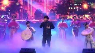 Non Nước Hữu Tình - Quang Lê (Liveshow Quang Lê 2013)