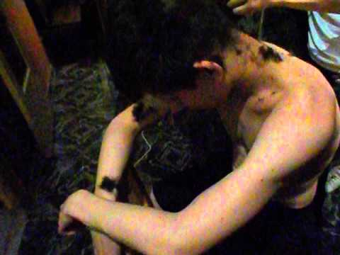 Бдсм девушку стригут налысо видео