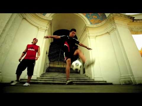 "J10 FUTBOL - JAYZINHO,Jose Avalos,Kalvinho & Jaime Bruno From FREESTYLE SOCCER Inc.""Adidas Ad Pt.2"""