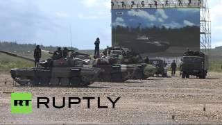 На Армейских играх начались соревнования по танковому биатлону — прямая трансляция