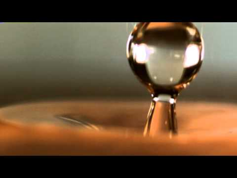 Water drops, eye candy in slow motion