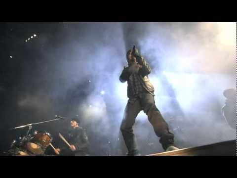 Linkin Park - Empty Spaces / When They Come For Me @ Madrid, Spain (07.11.2010)