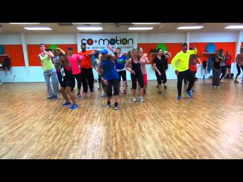 TE VES BUENA by El Dusty - Cumbia Choreo by Lauren Fitz