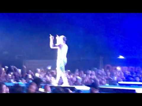 Justin Bieber durante su concierto en el Hard Rock Hotel & Casino, en Punta Cana, República Dominicana (video by Muriel Soriano)