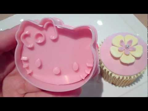 Hello Kitty Cupcake Topper & Cutter Set
