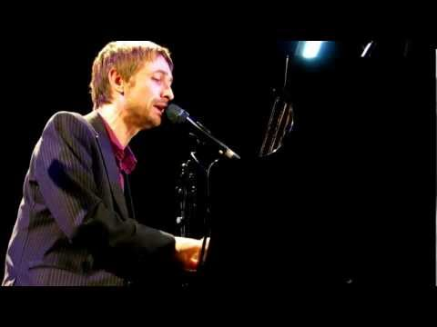 """Bang Goes the Knighthood"". Neil Hannon (The Divine Comedy), 2 noviembre 2012, Gerona."