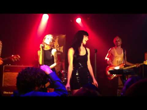 Cold by The Veronicas Viper Room 2011 New Music