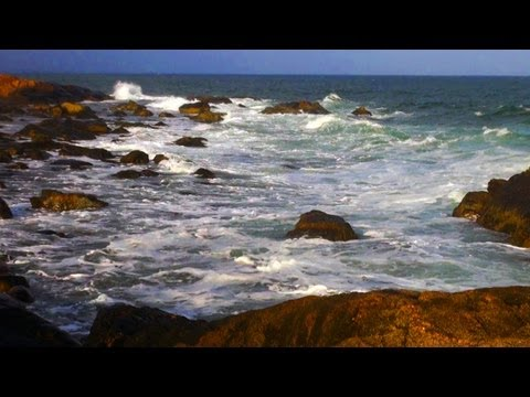 Relaxing Piano - Ocean Waves Reaching For The Sky