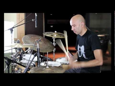 Roberto Serrano playing drums (Samba-Funk) 2011