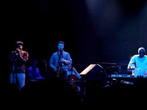 Mulatu Astatke live in Athens 2011 - Yejerni sew