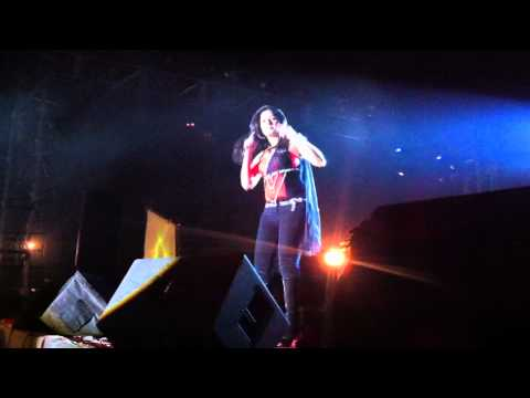 6. Tu To Aiwe Aiwe Lut Gaya - Sunidhi Chauhan Concert, SF 2011, IIT Kharagpur