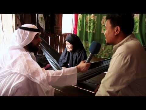 فيديو مشاري الخراز يواجه عجوز خائفة لم تخرج من البيت من 7 سنوات ...الله واكبر