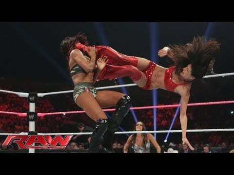 Brie Bella vs. Alicia Fox: Raw, Sept. 30, 2013