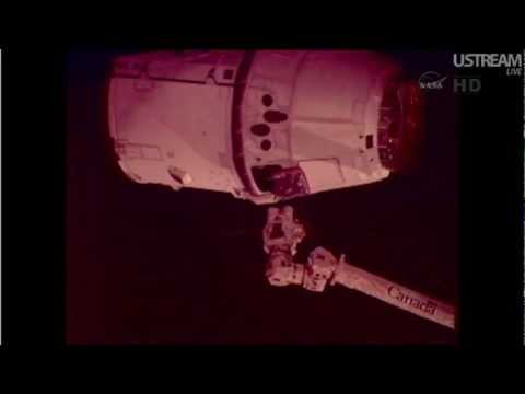 International Space Station (ISS) Grapples SpaceX Dragon Capsule (5/25/2012, May 25th) HD
