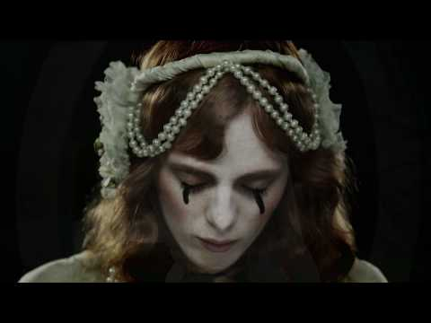 Karen Elson -  The Truth Is In The Dirt (Official Video)