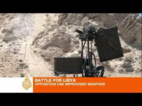 Libya rebels make weapons from scraps