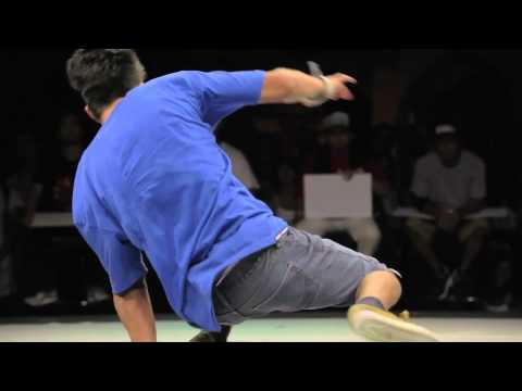 Kareem vs Vicious Victor - Semi Final - Red Bull BC One Chicago 2011