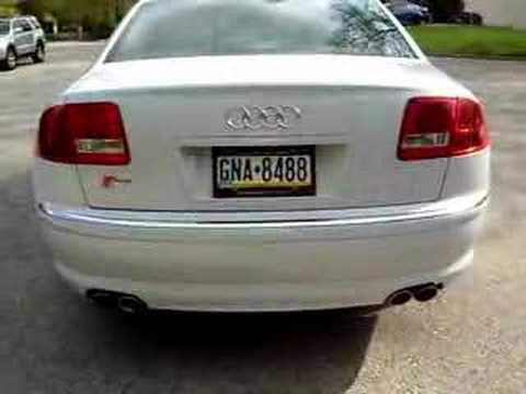 Audi S8 V10 Start Up, Engine rev, & Pull Away