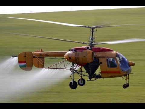 Kamov Ka-26 (HA-MNO) spraying flight near Szomor