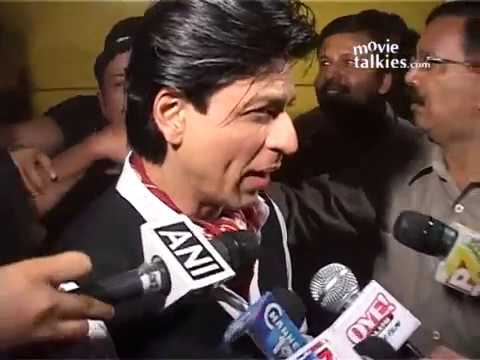 Shah Rukh Khan And Akshay Kumar perform at Annual Mumbai Police Event 'UMANG 2012'