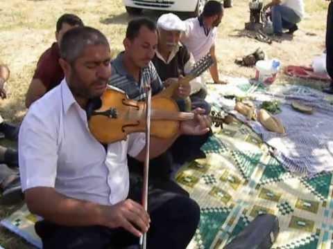 karşıdan karşıya elmalı dağlar - Hırkatepesidelik Köyü / Hacıbektaş / Nevşehir