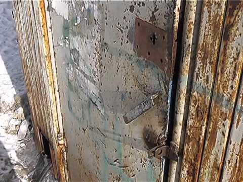 Жильцы девятиэтажки в центре Выксы в панике, их дом разрушается на глазах