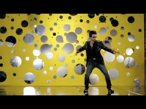 Nouman Khalid - Desi Thumka (feat. Osama Com Laude) [Official Video HD]