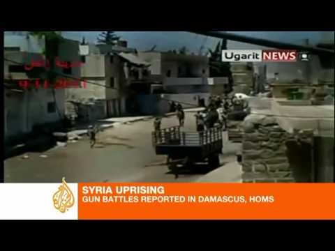 Syrian soldiers clash with -armed- opposition