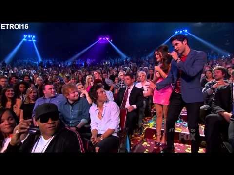 [full video] Harry Styles twerking at the 2013 TCAS (HD)
