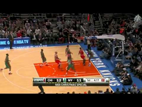 Amare Stoudemire blocks Derrick Rose at the rim in the fastbreak vs Chicago Bulls