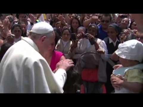Raw: Pope Francis' Casual Sunday  7/14/13