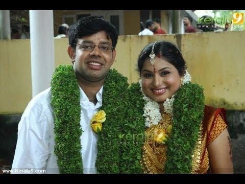 TV Anchor Veena Nair Wedding Gallery
