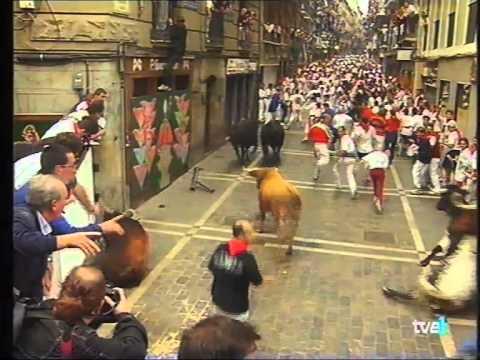 caida toro estafeta fuera canaleta 13-7-1999